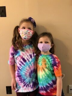 tie dye duo avery and bronwyn